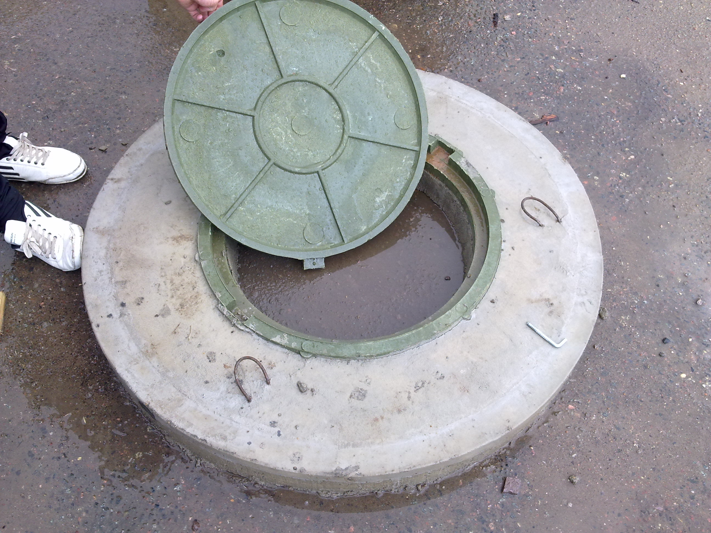 Как сделать крышку на бетонное кольцо своими руками